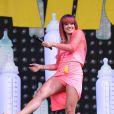 Lily Allen sur la scène principale du festival de Glastonbury, le 27 juin 2014.