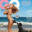 Kylie Minogue pose dans un tout petit bikini en couverture du magazine GQ Italia, daté d'août 2014.