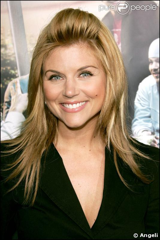 Tiffani Thiessen - Photos Hot