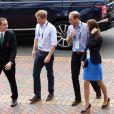 Le prince Harry, le prince William et Kate Middleton arrivent au stade Hampden Park lors des XXèmes Jeux du Commonwealth à Glasgow, le 29 juillet 2014.