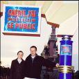 Patrice Leconte et sa fille à Disneyland Paris le 28 mars 1999.