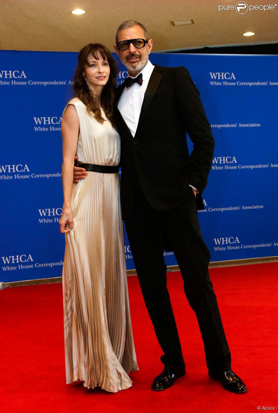 Emilie Livingston et Jeff Goldblum lors du dîner des correspondants de la Maison blanche à Washington le 3 mai 2014