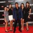 """Sylvester Stallone, sa femme Jennifer Flavin, et leurs trois filles Scarlet Rose Stallone, Sistine Rose Stallone, Sophia Rose Stallone - Avant-première du film """"Expendables 3"""" à l'UGC Normandie à Paris, le 7 août 2014."""