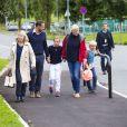 Ingrid Alexandra de Norvège a fait sa rentrée scolaire à l'Oslo International School le 19 août 2014. La fillette de 10 ans était accompagnée par son père le prince Haakon, sa mère la princesse Mette-Marit (qui fêtait ses 41 ans le même jour), sa grand-mère Marit Tjessem et son frère le prince Sverre Magnus, qui rentrait le même jour à l'Oslo Montessori School, également un établissement privé.