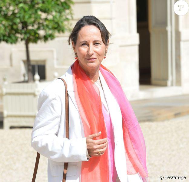 Ségolène Royal, ministre de l'Ecologie, du Développement durable et de l'Énergie - Paris, le 20 août 2014 - Sortie du conseil des Ministres au Palais de l'Elysée à Paris.