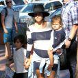 Kim Kardashian, sa fille North, sa mère Kris Jenner, sa soeur Kourtney (enceinte) et ses enfants Mason et Penelope visitent le zoo de San Diego. Le 22 août 2014.