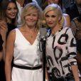 Gwen Stefani, Chelsea Handler et sa chorale de stars font leurs adieux en chanson à l'émission Chelsea Lately.