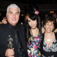 Amy Winehouse en compagnie de son père Mitchelle et de sa mère Janis à Londres, le 22 mai 2008.