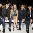 Alex et Nat Wolff, Emily Meade, Joe et Nick Jonas assistent au défilé Richard Chai printemps-été 2015 au Lincoln Center. New York, le 4 septembre 2014.
