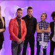 Aurélie, Vincent, Zelko, Eddy et Djamel, anciens candidats de Secret Story, dans le sas. Dans l'hebdo de Secret Story 8, le vendredi 12 septembre 2014.