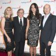 Susan Benedetto, Tony Bennett, Bruce Willis, Emma Heming lors du 8e Exploring the Arts Gala à New York le 29 septembre 2014.