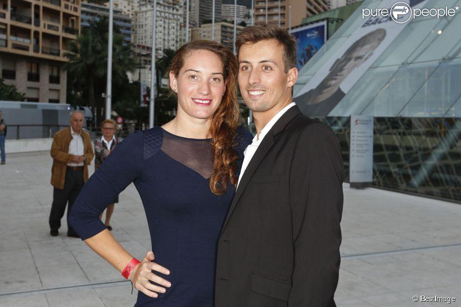 Camille Muffat et son compagnon William Forgues lors du 25e Sportel de Monaco le 8 octobre 2014 au Forum Grimaldi