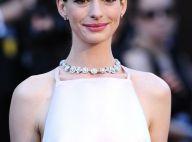 Anne Hathaway parle du ''Hathahate'' et... de ses seins