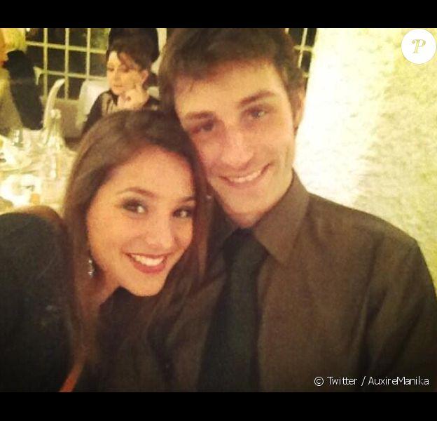 Manika Auxire est la compagne de Brian Joubert comme on peut le voir sur le compte Twitter de la jeune femme.