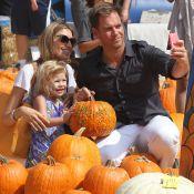 Michael Weatherly : Selfie sauce citrouille avec sa femme et son adorable Olivia
