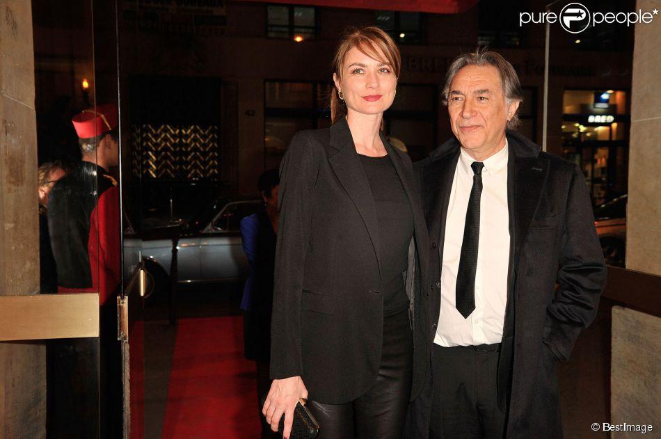 Richard Berry et sa compagne Pascale Louange à Paris le 10 mars 2014.