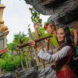 Valérie Bègue avec Peter Pan à Disneyland Paris le 15 septembre 2013, un mois après son mariage avec Camille Lacourt.