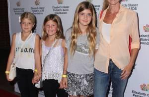 Denise Richards : Radieuse et relax pour un rare tapis rouge avec ses filles