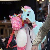 Miley Cyrus : Epuisée et déguisée en licorne, elle dit adieu à son Bangerz Tour