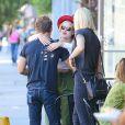Rumer Willis dans les rues de Los Angeles avec ses soeurs Tallulah et Scout, le 27 octobre 2014.