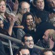 Malika Menard, Alessandra Sublet et son père Joël Sublet, Saïd Taghmaoui au match entre le PSG et Marseille au Parc des Princes à Paris le 9 novembre 2014.