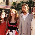 Mackenzie Foy, Matthew McConaughey, Anne Hathaway, Jessica Chastain - Matthew McConaughey reçoit son étoile sur le Walk of Fame à Hollywood, le 17 novembre 2014.