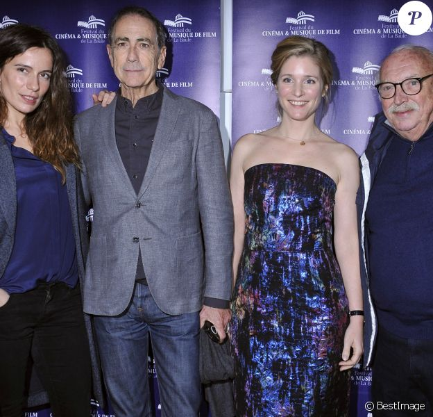 Zoé Félix, Alain Chamfort, Natacha Régnier et Jean Becker lors de l'ouverture du Festival du Cinéma et Musique de Film de la Baule jeudi 20 novembre 2014 au cinéma le Gulf Stream