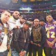 Earl Hayes, photographié avec son ami Floyd Mayweather et les rappeurs The Game, Red Cafe et Fabolous à un match de basket-ball des Los Angeles Lakers. Novembre 2014.