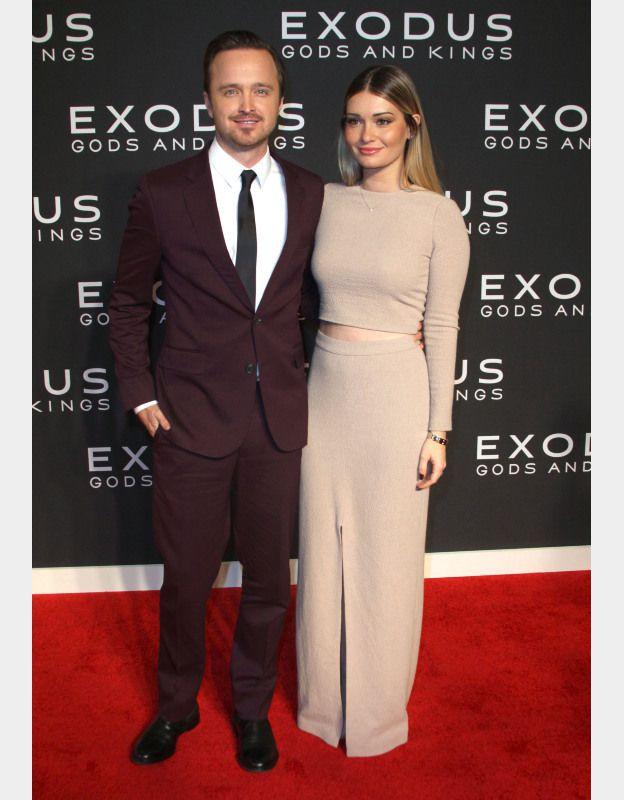 Aaron Paul et sa femme Laura Parsekian à la première du film Exodus au Brooklyn Museum de New York le 7 décembre 2014. ©BESTIMAGE