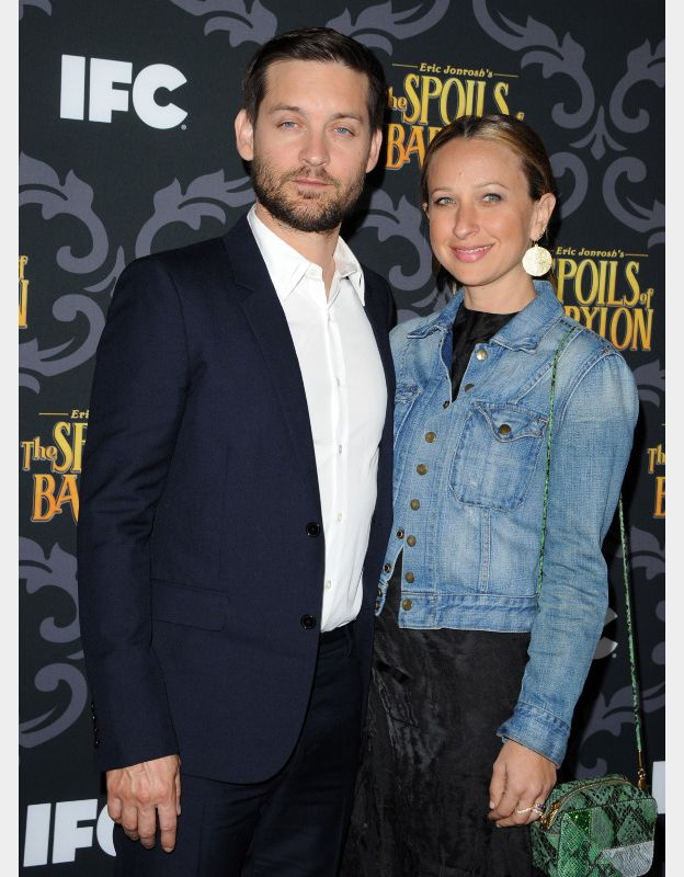 Tobey Maguire et Jennifer Meyer à la soiree de presentation de la série The Spoils of Babylon à Los Angeles, le 7 janvier 2014. ©BESTIMAGE