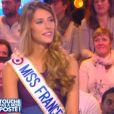 Miss France et Nolwenn Leroy dans Touche pas à mon poste, le 10 décembre 2014 sur D8.