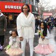 Mel B et ses deux filles  Angel et Madison (7 et 3 ans) se rendent à une avant-première du film Legend of the Neverbeast à Londres. Le 7 décembre 2014.