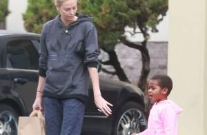 Charlize Theron et son fils Jackson : Une maman poule bien fatiguée