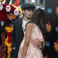 """Zoe Saldana (enceinte) et son mari Marco Perego - Première du film """"The Book of Life"""" à Los Angeles le 12 octobre 2014."""