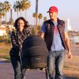Exclusif - Jennifer Love Hewitt et son mari Brian Hallisay se promenent avec leur fille Autumn James a Santa Monica le 16 janvier 2014.