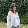 Exclusif - Jennifer Love Hewitt, enceinte, se rend chez un ami a Los Angeles, le 19 novembre 2013