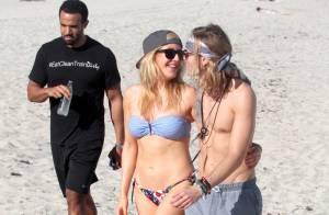 Ellie Goulding : En vacances à Miami, elle fête ses 28 ans avec son amoureux