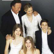 Julio Iglesias : Papa comblé, il présente ses jumelles et son fils Guillermo