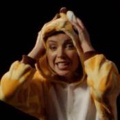 Dannii Minogue, délirante en girafe : Un clip malin et urgent !