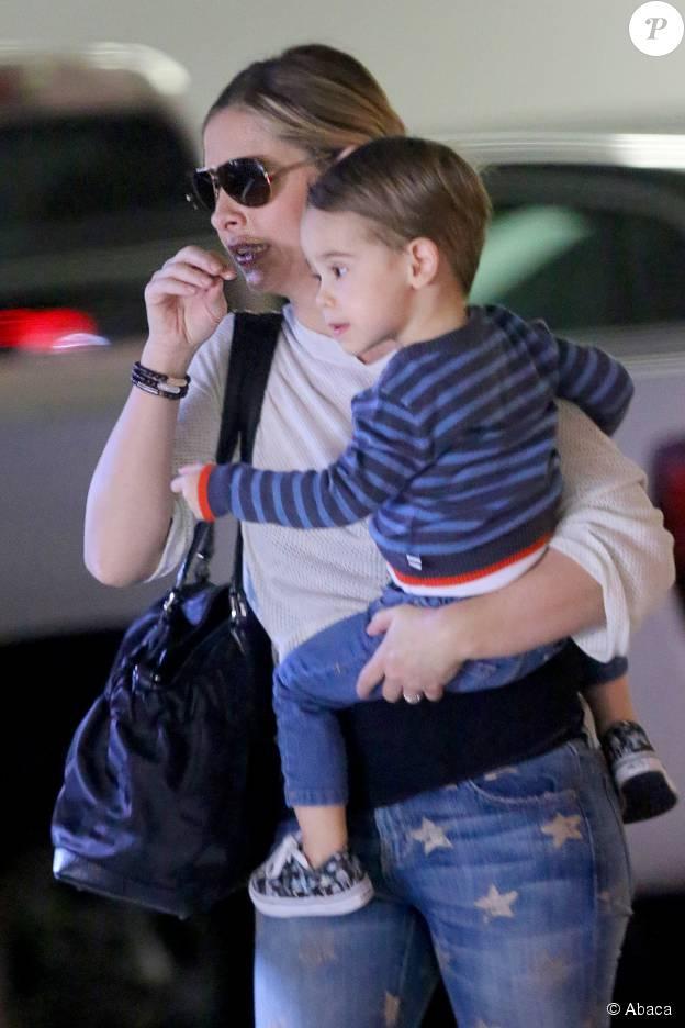 Sarah Michelle Gellar et son fils Rocky à Brentwood, Los Angeles, le 14 janvier 2015