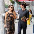 Nikki Reed et son petit-ami Ian Somerhalder se promènent à Beverly Hills, le 8 septembre 2014.