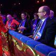 La princesse Stéphanie et le prince Albert II de Monaco assistaient le 15 janvier 2015 à la soirée d'ouverture du 39e Festival International du Cirque de Monte-Carlo, où une minute de silence a été observée à la mémoire de Kevin Ferrari, jeune artiste de 24 ans de la troupe Flic Flac qui a trouvé la mort quelques heures avant le lever de rideau.