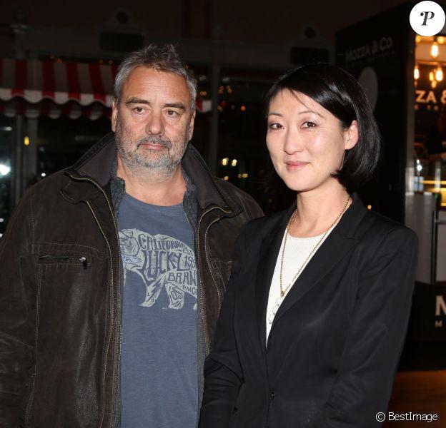 Luc Besson et Fleur Pellerin participent à la conférence de presse et la soirée UniFrance Films à l'occasion des résultats des films Français à l'étranger en 2014, à Paris, le 16 janvier 2015.