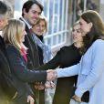 La duchesse Catherine de Cambridge, enceinte de six mois, rencontrait le 19 janvier 2015, de bon matin, des familles et des bénévoles de Family Friends, à Londres