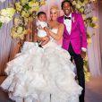 Amber Rose, Wiz Khalifa et leur fils Sebastian lors de leur mariage, à Pittsburg. Août 2013.