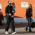 Exclusif - Josh Duhamel, Fergie et leur fils Axl vont prendre le petit-déjeuner à Santa Monica le 3 janvier 2015