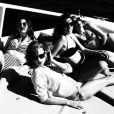Le 24 janvier 2015, la chanteuse Taylor Swift a partagé sur son compte Instagram les photos de ses vacances à Hawaï avec les soeurs du groupe de pop américain Haim.