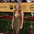 """Jennifer Aniston a choisi une robe vintage John Galliano pour assister à la 21ème cérémonie  des """"Screen Actors Guild Awards"""" à l'auditorium """"The Shrine"""" à Los Angeles, le 25 janvier 2015."""