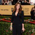 """Julia Roberts porte une sublime tenue Givenchy à la 21ème cérémonie annuelle des """"Screen Actors Guild Awards"""" à l'auditorium """"The Shrine"""" à Los Angeles, le 25 janvier 2015."""