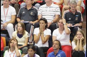 REPORTAGE PHOTOS : Stéphanie de Monaco : quand sa fille plonge, elle frissonne !